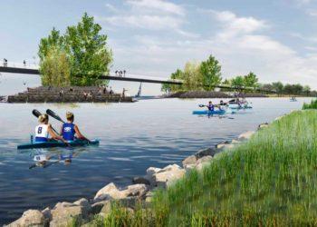 Lake-Ontario-Park---Bridge-and-Kayakers